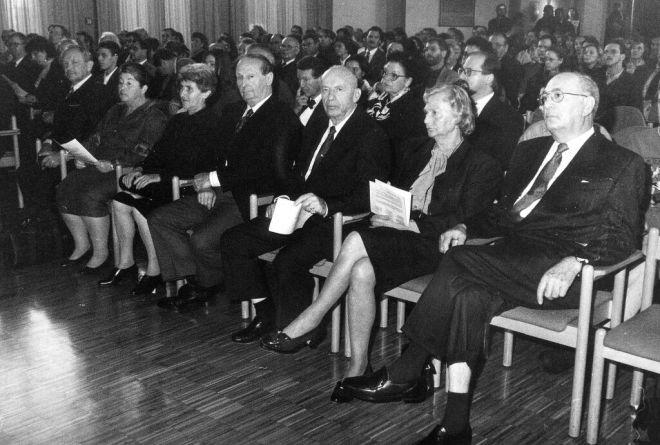 gaste_plenum-1996