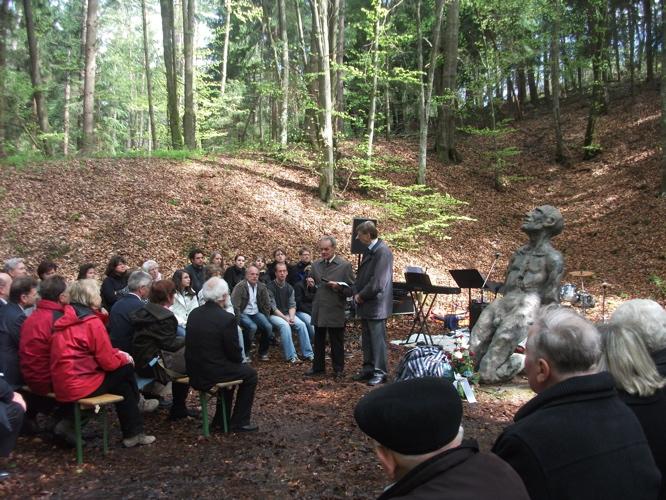 Gedenkveranstaltung KZ-Lager Eckerwald - 09. Mai 2010 (5/6)