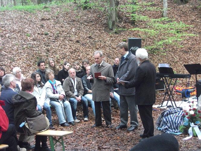 Gedenkveranstaltung KZ-Lager Eckerwald - 09. Mai 2010 (6/6)