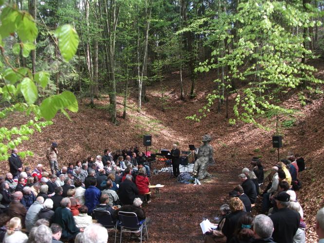 Gedenkveranstaltung KZ-Lager Eckerwald - 09. Mai 2010 (2/6)