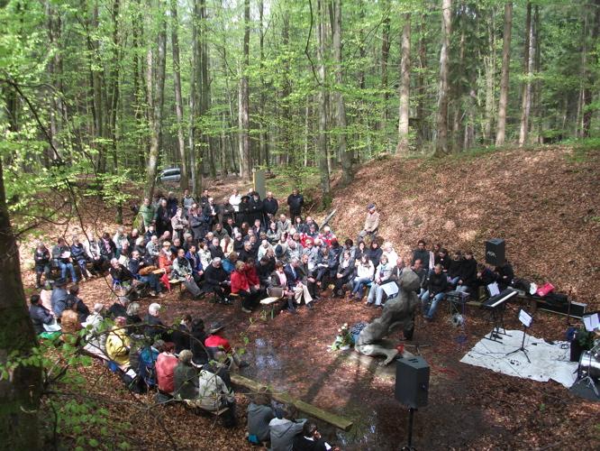 Gedenkveranstaltung KZ-Lager Eckerwald - 09. Mai 2010 (1/6)