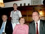 Isak und Rosel Wasserstein mit Bürgermeister Joachim Krüger 19.11.2006