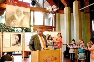 BESA-Vernissage 05.07.2013 Bürgermeister Krüger und Musikschule Steinemer