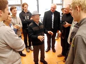 Verein Gedenkstätten KZ Bisngen 10jähriges Bisinger Schulen 29.11.2013 -8