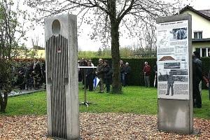 Gedenkstelen in Erzingen 3. Mai 2015 - die Stelen in Erzingen