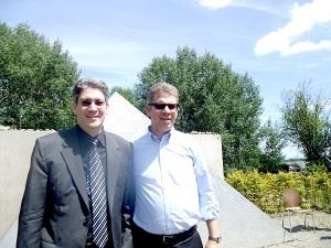 Ron li, und Michael Schwarzbaum