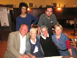 Kameramann Arjun Talwar, Redgisseur Lukas Zünd, Joachim Krüger, Uta Hentsch, Sr. Silvia Pauli, Franziska Blum